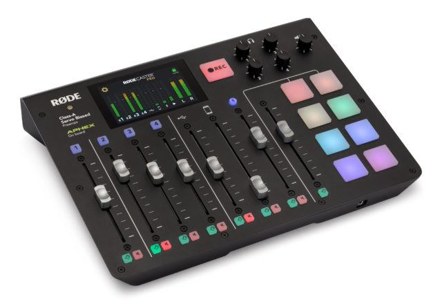 RØDECaster Pro - Podcast Production Studio